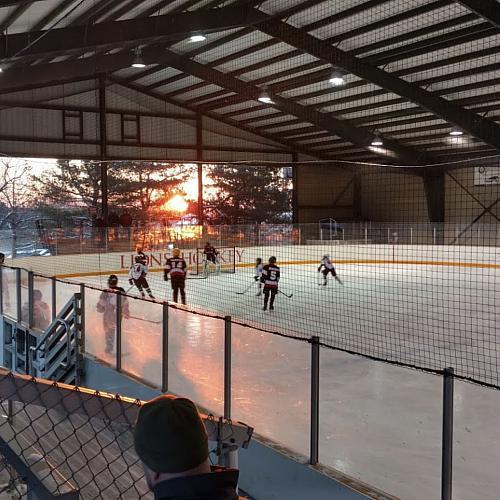Jungé Ice Rink & Pavilion - Rinks